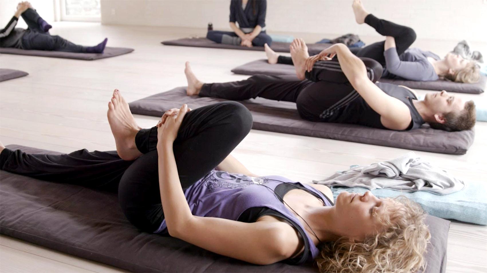 Bilde til yin yoga - inne på siden 2